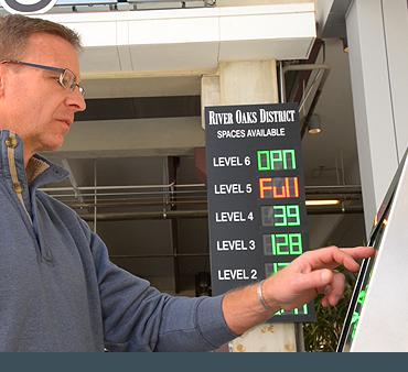 Parking guidance kiosk