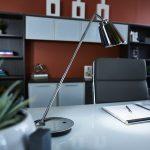 Amplify desk lamp on desk
