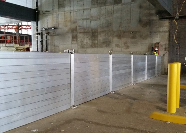 Metal plank flood barriers
