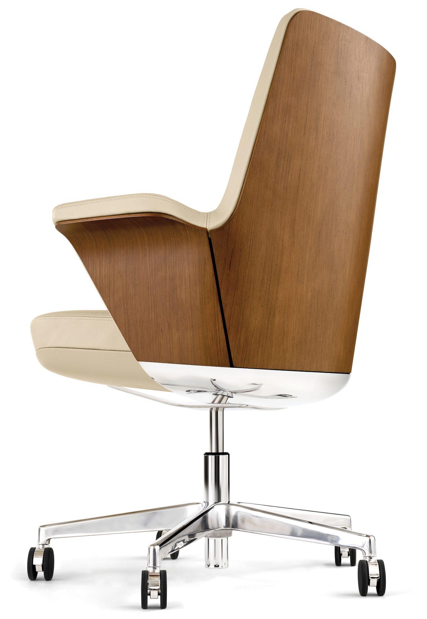 Closeup of Humanscale Summa executive chair
