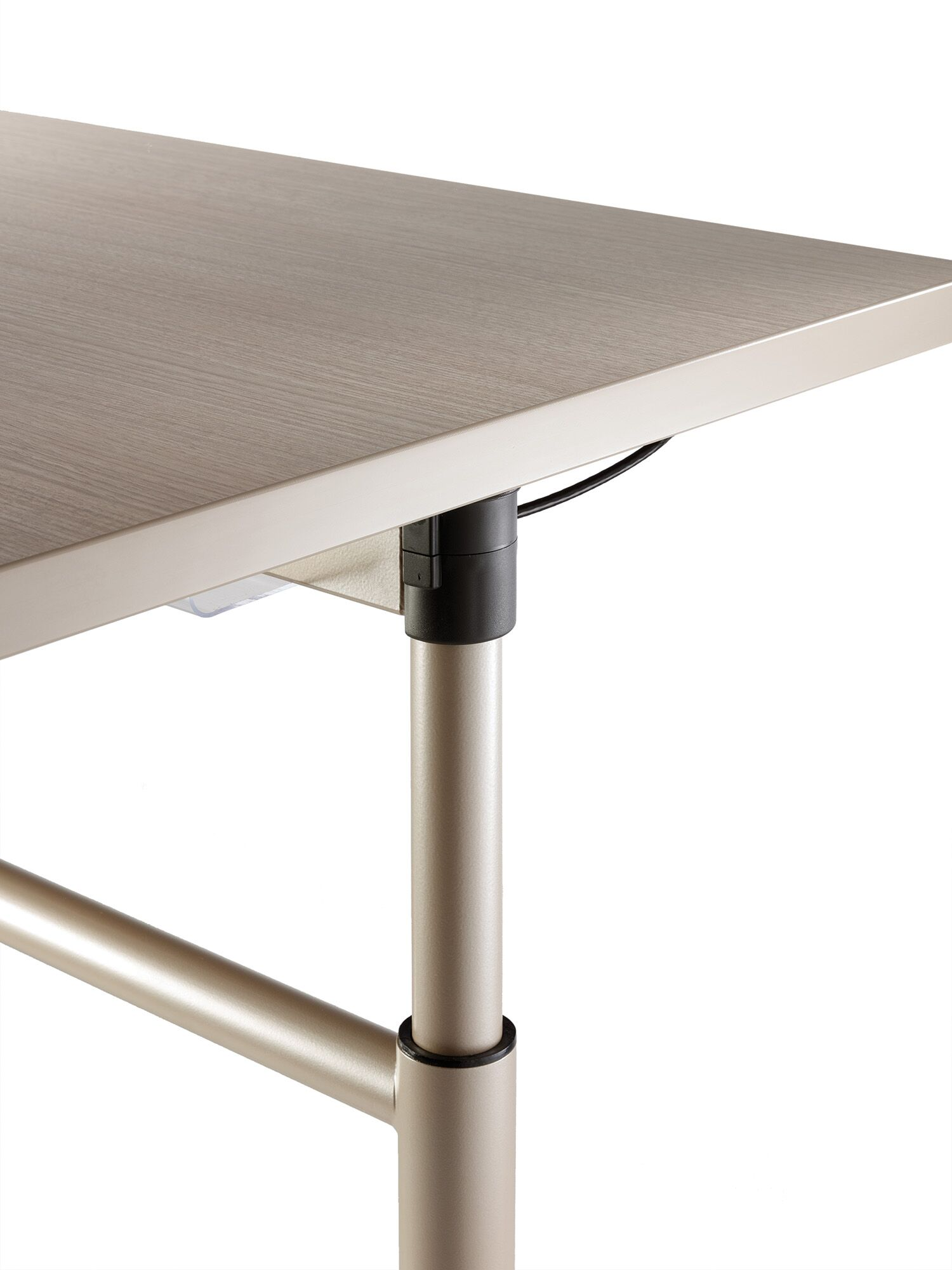 Versteel Sky table closeup