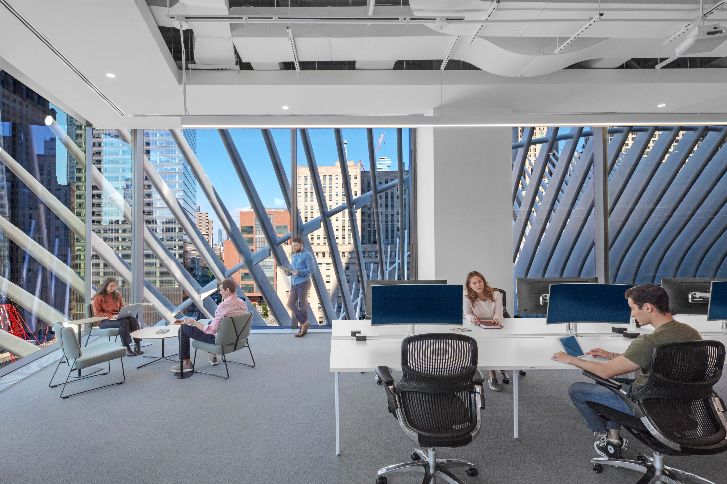 Figure 1: The WPP Campus at 3 World Trade Center houses 4,100 employees from eight different creative media agencies with a variety of workspaces and acoustic accommodations to meet worker needs. Credit Eric Laignel