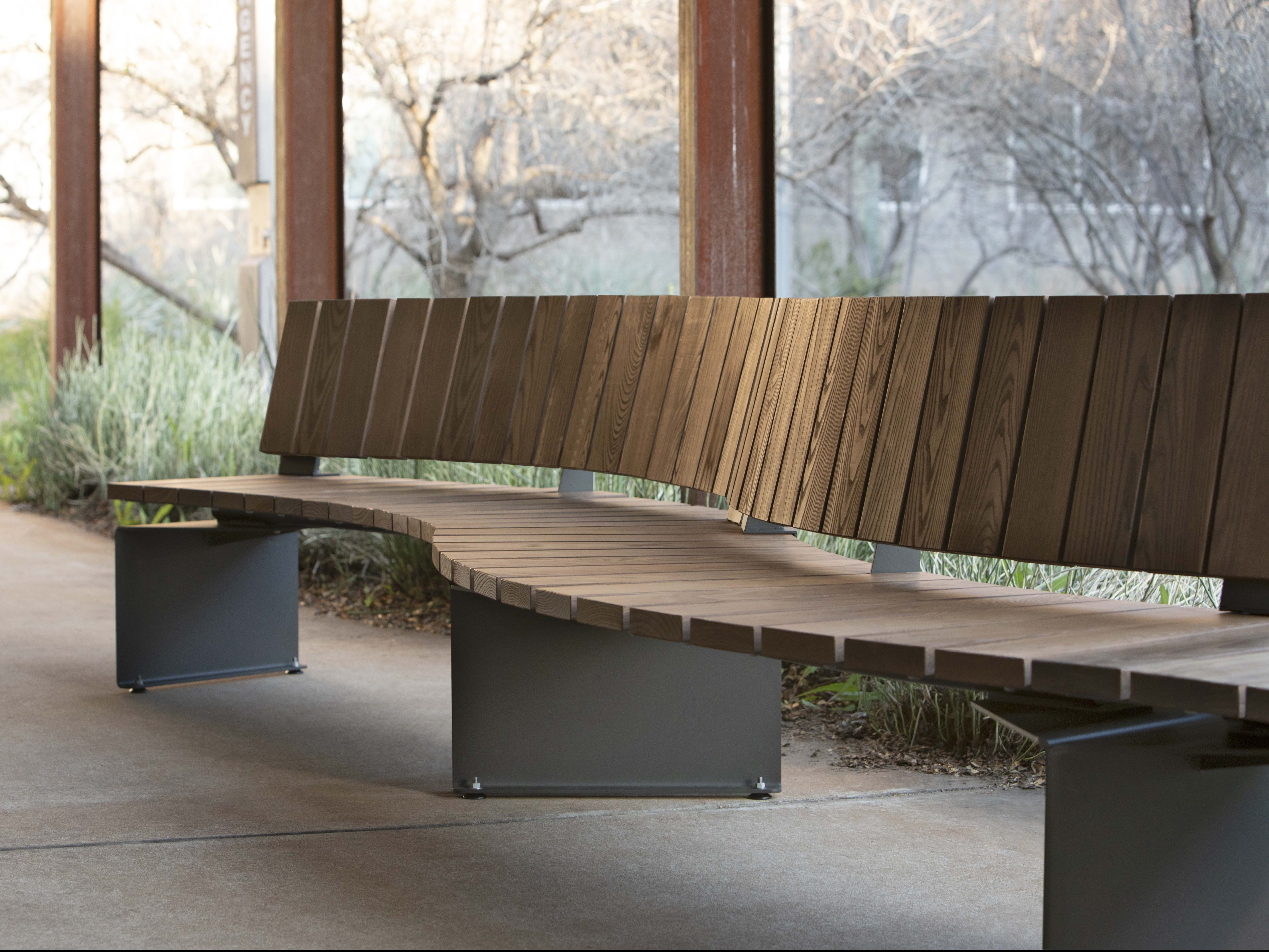 Landscape Forms Link outdoor seating